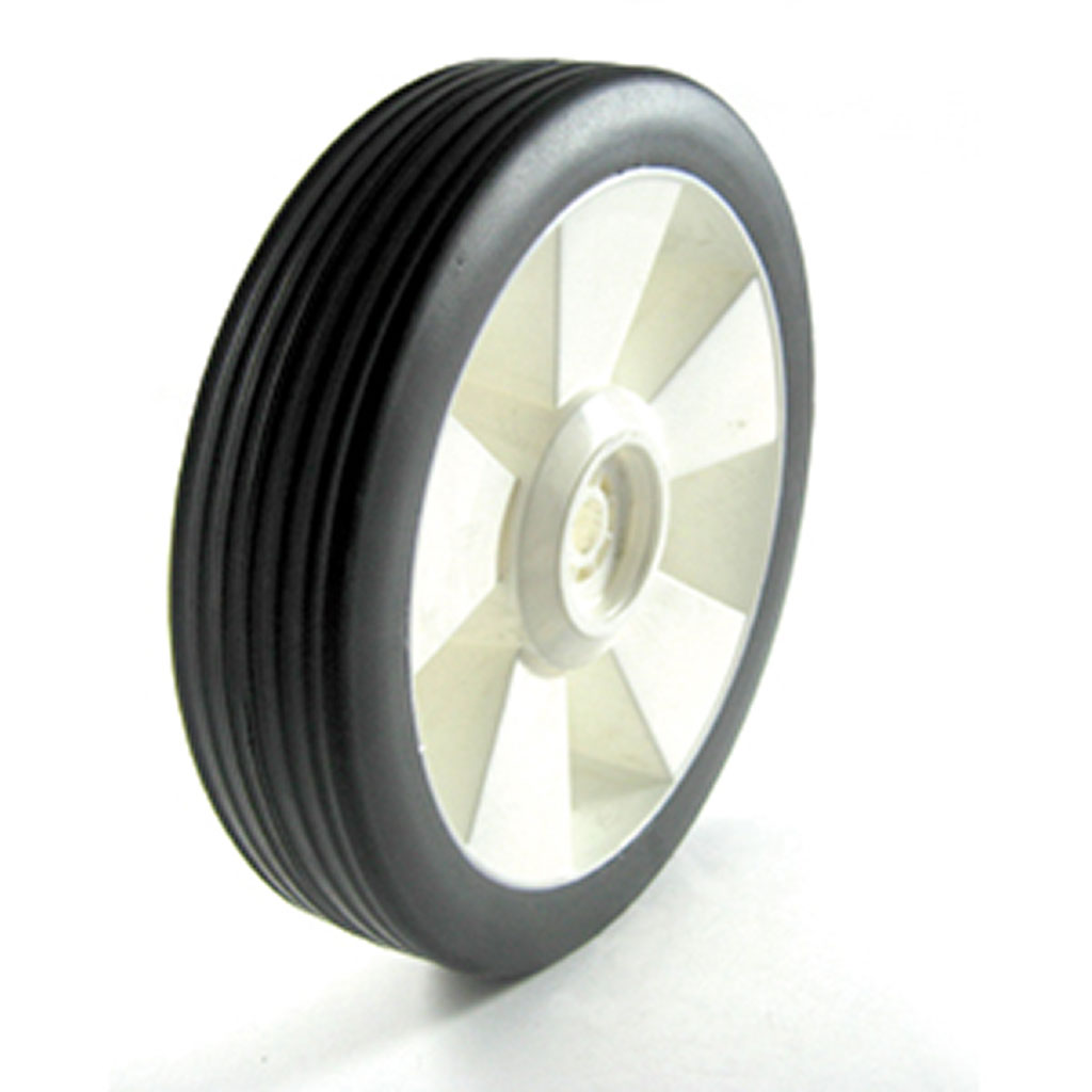 UNIVERSAL PLASTIC CENTRE REAR WHEEL 1/2